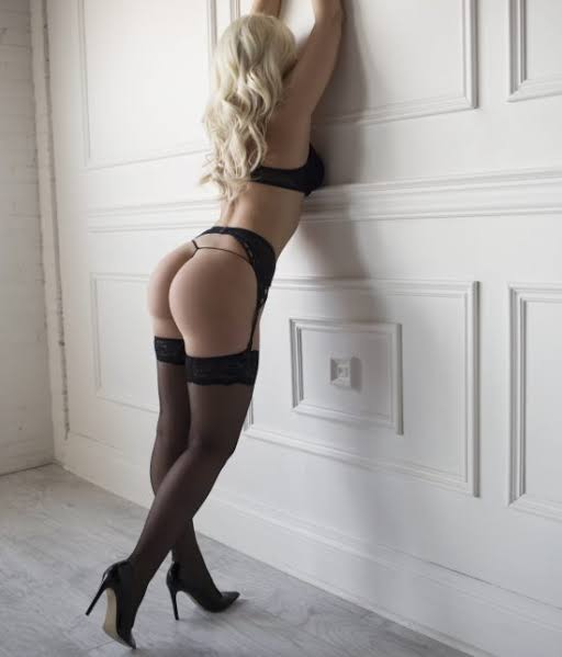 Sweet, seductive blue eyed Blondie with natural DDCUP breasts and a smoking body! BOOK NOW!✨