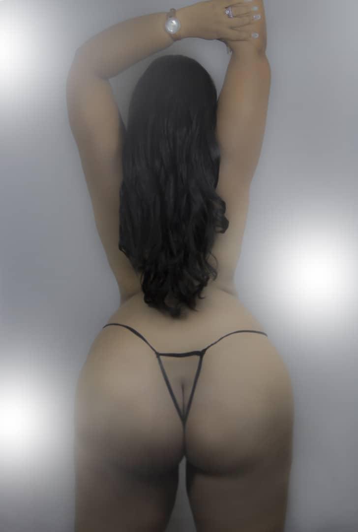 i do show in cam i am latina hot 070621